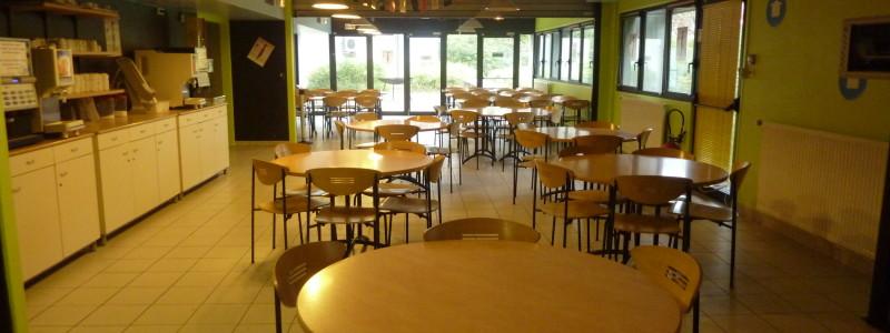 cafeteria pour l'accueil de groupe et petit-déjeuner