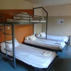chambre à 4 et 5 lits au cis de reims