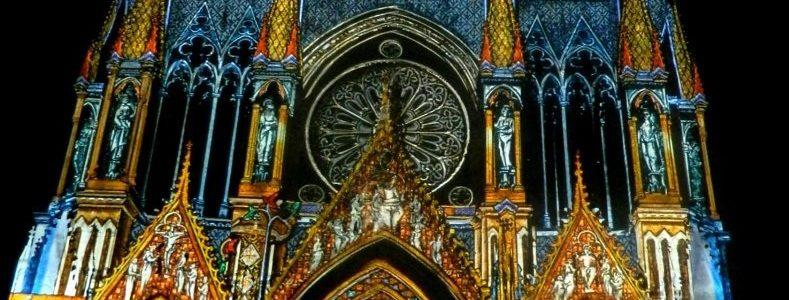 spectacle de son et lumière sur la cathédrale de reims